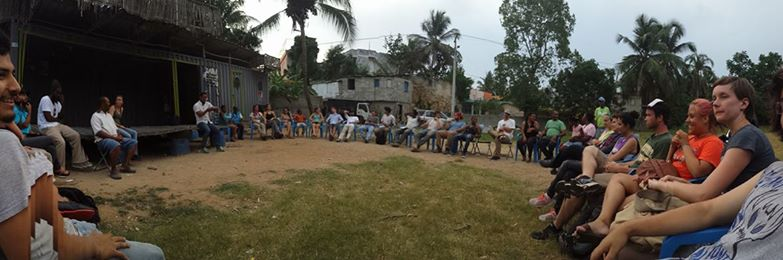 Community meeting in Las Malvinas by current shade structure to determine community desires and criteria.