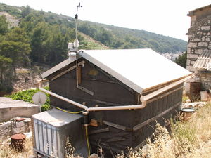 Dew Collection Roof Retrofit Appropedia The Sustainability Wiki